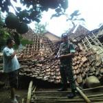 Tak Ada Angin dan Hujan, 2 Rumah Warga Gemolong Sragen Ambruk