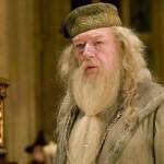 Sekuel Fantastic Beasts Bakal Ungkap Sosok Dumbledore Sebagai Seorang Gay?