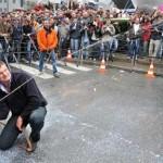 SERBA LIMA : 5 Aksi Demonstrasi yang Bikin Geleng-Geleng Kepala