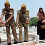 HARI PAHLAWAN : Bupati dan Kapolres Semarang Ziarahi Makam Pahlawan