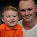 Lenny bersama ayahnya, Mark (Manchester Evening News)