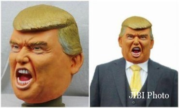 Topeng berbentuk wajah Donald Trump (Japantoday.com)