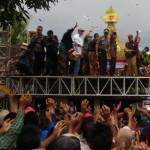 WISATA BOYOLALI : Ribuan Warga Berebut Apam Kukus Keong Mas di Pengging