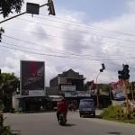 LALU LINTAS BOYOLALI : Bangjo Tak Kunjung Diperbaiki, Persimpangan Pasar Mangu Ruwet