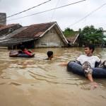 Inilah Daftar Permukiman yang Terendam Banjir di Karawang & Kota Tangerang