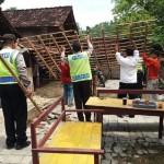 BENCANA PONOROGO : Tanah Ambles Rusak 38 Rumah di Slahung