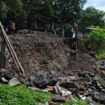 INFRASTRUKTUR BOYOLALI : Jalan di Sisi Barat Makam Yosodipuro Longsor