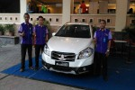 MOBIL TERBARU : Suzuki New SX4 S-Cross Sasar Anak Muda