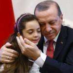"""KRISIS SURIAH : Mengharukan, Bana Al Abed """"Bintang Medsos"""" Aleppo Bertemu Presiden Turki"""