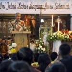 Kunjungi Gereja Katolik Maria Regina Solo, Ganjar Ucapkan Selamat Natal