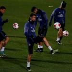 Para pemain Real Madrid melakukan latihan. (REUTERS/Issei Kato)