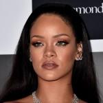 Dituding Lecehkan Ratu Elizabeth II, Rihanna Kena Kritik