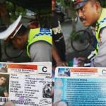 Kejadian di Makassar saat sopir bentor ditilang polisi. (Istimewa/Instagram/muhammadrezki36)