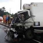 KECELAKAAN BOYOLALI : Mobil Boks Vs. Bus dan Motor, 6 Orang Terluka