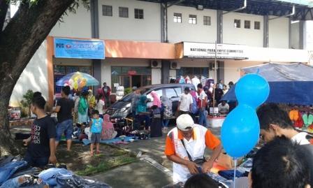Aktivitas pedagang dan pengunjung Sunday Market Manahan, Solo, Minggu (18/12/2016). (Irawan Sapto Adhi/JIBI/Solopos)