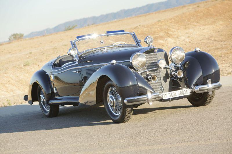Mercy Mercedes-Benz buatan 1930-an yang diprediksi laku hingga Rp113 miliar. (Istimewa)