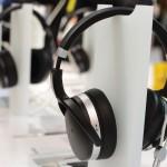INOVASI TEKNOLOGI : Headphone HD 4.50BTNC dan HD 4.40BT Punya Audio Jernih