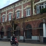 PENATAAN PKL SEMARANG : PKL Kota Lama Masuk Gedung Awal Maret