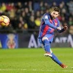 Messi Tertawa Meski Diganti Saat Barcelona Hajar Bilbao 3-0