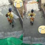 Seorang ayah gendong anaknya sembari angkut semen (Facebook)
