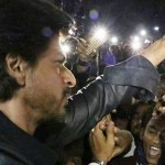 BOLLYWOOD : India Selidiki Kematian Fans Shah Rukh Khan saat Promosi Raees
