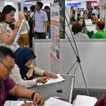 FOTO BURSA KERJA SEMARANG : Banyak Job Fair, Selalu Banyak Peminat…