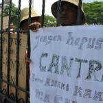 FOTO PERIKANAN JATENG : Begini Nelayan Demo di Gubernuran