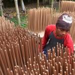 FOTO PENGHUJAN 2017 : Produksi Dupa Demak Ditekan Cuaca