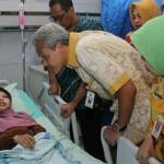 PENYAKIT LANGKA : Tak Jadi Operasi, Ini Rencana Dokter untuk Manusia Kayu Sulami
