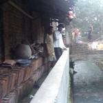 PENATAAN KOTA SOLO : Peduli Sungai, Warga Robohkan Bangunan Liar di Kali Tegal Konas
