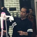 AGENDA PRESIDEN : Pengunjung Solo Square Berebut Berfoto dengan Jokowi