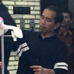 AGENDA PRESIDEN : Pulang ke Solo, Hampir 2 Jam Jokowi Dihibur Security Ugal-Ugalan