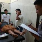 Surip, 45, warga Kepatihan, Selogiri, yang menjadi korban pembacokan mantan suami sirinya, terbaring di RSUD Wonogiri, Minggu (29/1/2017). (Danur Lambang Pristiandaru/JIBI/Solopos)