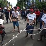 Gagal Bertemu Presiden, Ratusan Mahasiswa Bertahan di Sekitar Istana