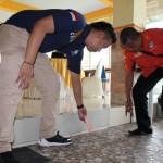 PENGANIAYAAN KARANGANYAR : Tim Inafis Temukan Bekas Ceceran Darah di Lantai I AW Resto