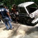 KEBAKARAN SRAGEN : Korsleting, Mobil Pikap Warga Gemolong Terbakar di Tengah Jalan