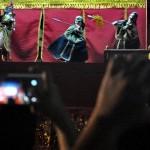 FOTO TAHUN BARU IMLEK : Antusias Dokumentasi Wayang Potehi