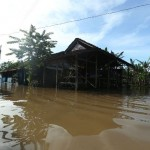 BERITA TERPOPULER : Banjir Solo hingga Pilkada Serentak 2017