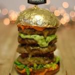 KISAH UNIK : Kios Ini Jual Burger Lapis Emas