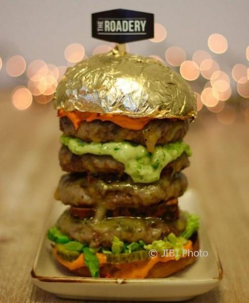 Burger berlapis emas Burg-Khalifa (Facebook)