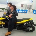 FOTO MOTOR BARU YAMAHA : Wow, Seksinya Model Yamaha Aerox!