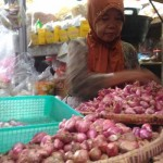 KOMODITAS PANGAN : Sidak ke Pasar, KTNA Sragen Temukan Bawang Merah Impor