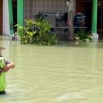 BANJIR DEMAK : Polisi Siaga 24 Jam Cegah Penjarahan