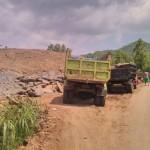 TAMBANG ILEGAL BANTUL : Kawasan Perbukitan Pundong Digempur, Jalan Rusak Parah