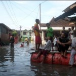BANJIR SUKOHARJO : Air Bengawan Solo Terus Naik, Warga Bersiap Mengungsi