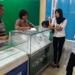 PENCURIAN PONOROGO : Konter Dibobol Maling, 166 Unit HP Raib