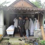 PENEMUAN MAYAT KARANGANYAR : Tinggal Sendirian, Perempuan Lansia Ditemukan Tewas di Rumahnya