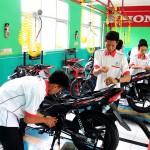 MOTOR HONDA : Kemenperin Gandeng AHM Sukseskan Program Vokasi SMK