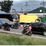 Bus Lawan Arus di Jalan Solo-Sragen Picu Kemarahan Nertizen