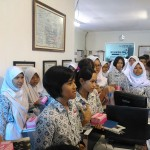 KUNJUNGAN MEDIA : Dishubkominfo Sosialisasikan BST kepada Murid SMPN 1 Solo